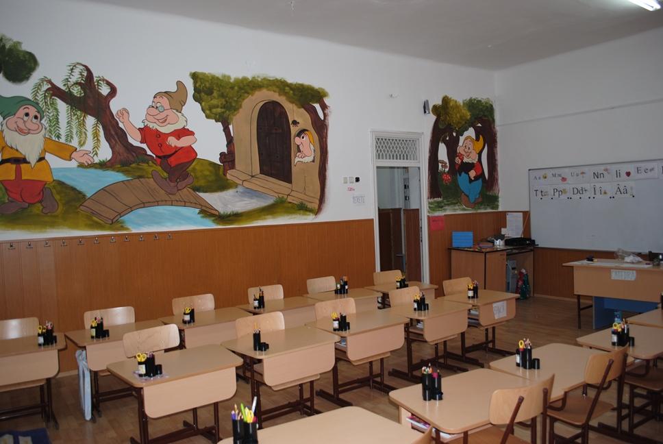 Prezentare - Sali de clasa